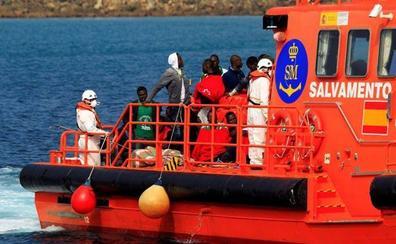Salvamento marítimo rescata a 188 migrantes en el Estrecho