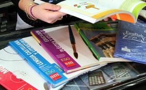 El TSJCyL anula las órdenes de Releo Plus por imponer a profesores la gestión, recogida y distribución de los libros