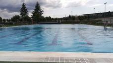 Fabero presume de piscinas