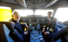 Plácido Domingo da su nombre al primer Airbus A350 de Iberia
