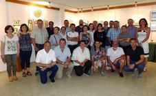 La Casa de la Cultura de La Robla acoge una exposición de artistas locales