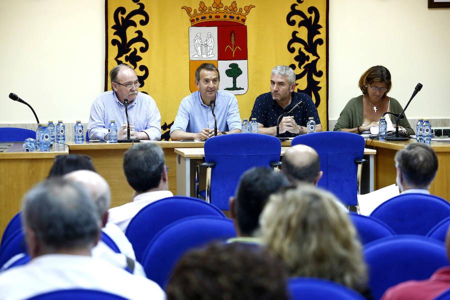 Reunión de la comisión permanente de Acom
