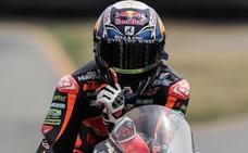 Oliveira convierte Moto2 en un cara a cara con Bagnaia