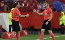 Del Cerro Grande arbitrará el Barcelona-Sevilla de la Supercopa de España