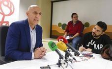 El PSOE reprocha al PP no haber formalizado el plan de bomberos en tres años