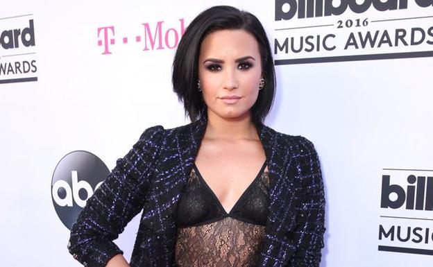 Demi Lovato continúa con su lucha