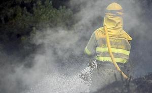 Extinguido un incendio que calcinó 5,8 hectáreas en la localidad de Valdepolo