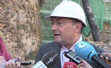 Salguero defiende «la oportuna legalidad» de los contratos firmados por López Benito