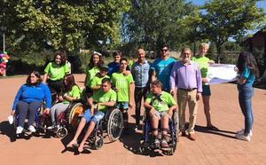 El nuevo director del Real Patronato sobre Discapacidad visita el Campamento Aspaym de Cubillos del Sil