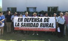 Más de 500 personas recorren las calles de Valencia de Don Juan para protestar por la falta de consultas médicas