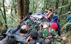 Ocho muertos y un solo superviviente en un accidente aéreo en Indonesia