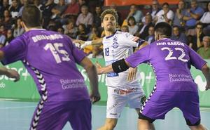 Acacio busca afianzarse en la selección de Brasil para acudir al Mundial