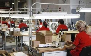 La cifra de negocios de la industria crece en junio un 4,2% en Castilla y León frente al aumento del 6,2% del sector servicios