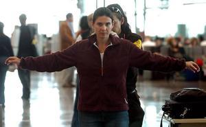 Los vigilantes de los aeropuertos amenazan con parar por sus pluses