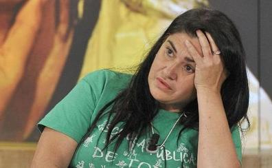 Lucía Etxebarría denuncia «acoso»