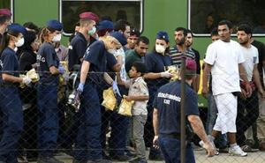 Austria niega el asilo a un joven afgano porque no tiene «actitud de homosexual»