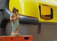 La Virgen, abandonada
