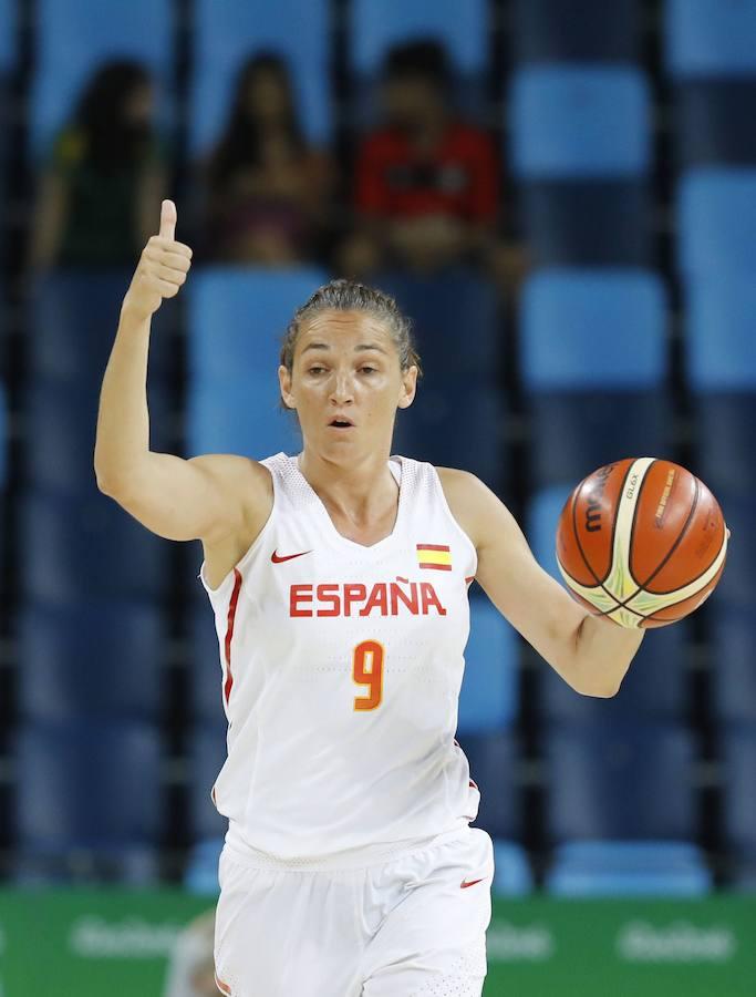 Mondelo da una primera lista de 16 jugadoras para el Mundial de Tenerife