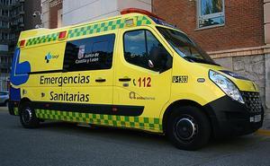 Tres heridos en una colisión entre dos turismos en Puente de Domingo Flórez