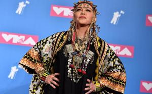 El mundo de la música llora a Aretha Franklin en los premios MTV