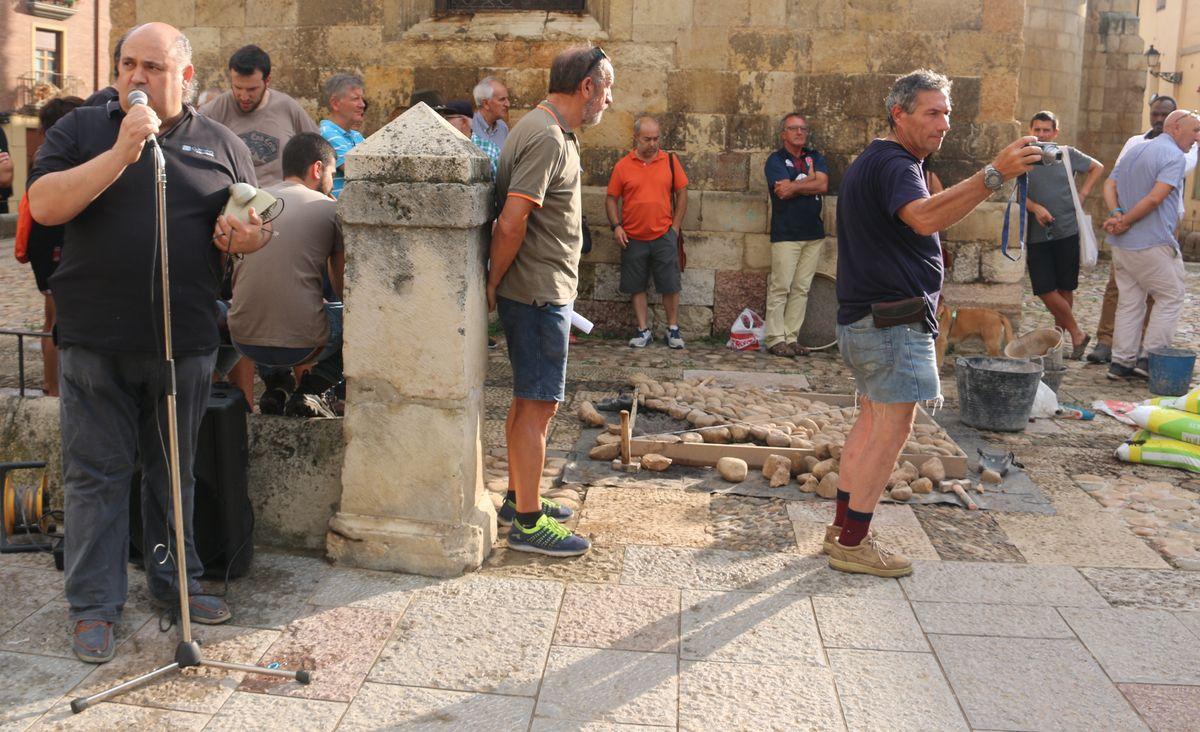 Así se debería haber remodelado la plaza del Grano según los hermanos Seoane