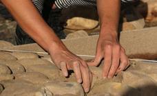 ¿Cuántas piedras hay en la plaza del Grano?
