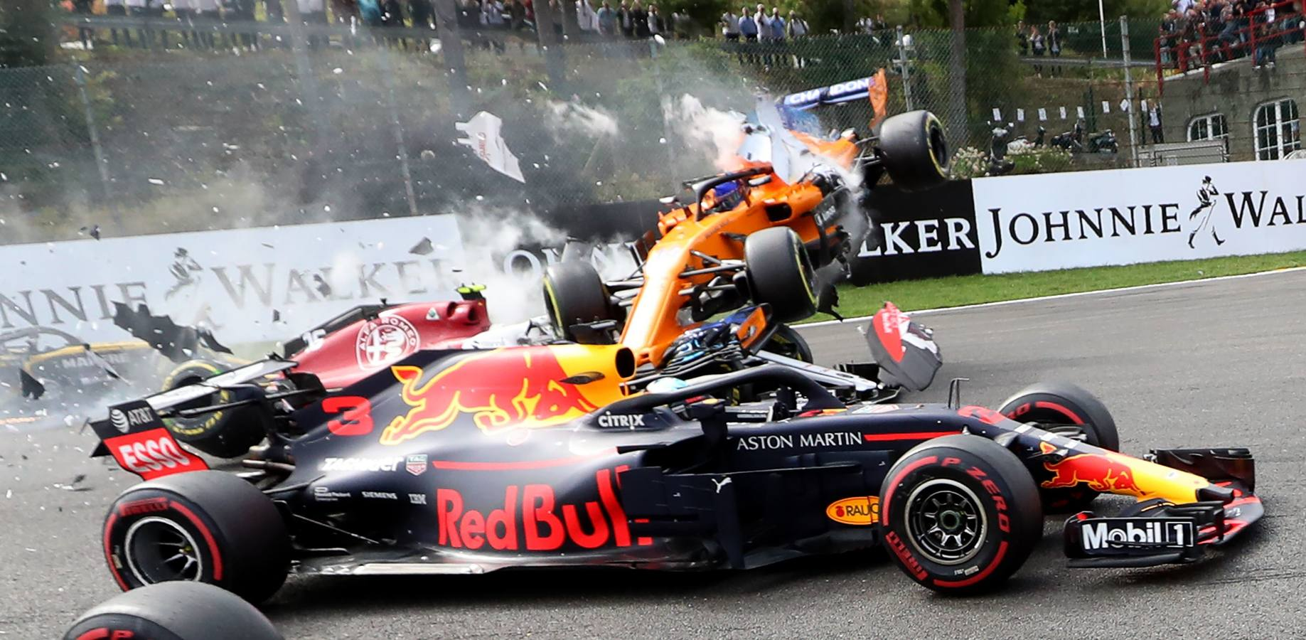 Las imágenes del brutal accidente de Fernando Alonso