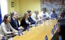 Gobierno y Junta viajarán a Dinamarca para plantear más ayudas y garantizar el futuro de Vestas en León