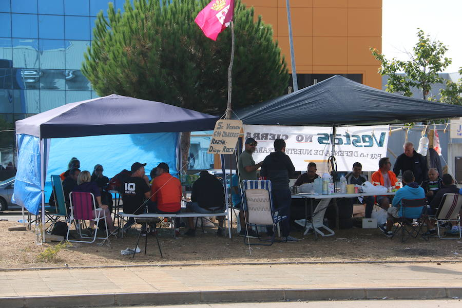 Los trabajadores de Vestas no abandonan el campamento