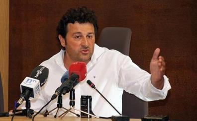 De la Hoz defiende «la legitimidad» de Manuel García para presidir la Comisión de Fomento de las Cortes