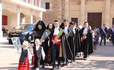 Coyanza cumple con la tradición y cierra la disputa con la 'Ofrenda del Cirio'