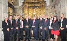 Oscar J. Ampudia toma posesión como abad de las Siete Palabras de León