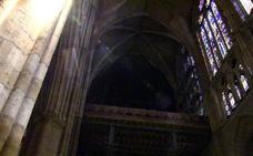 Y la oscuridad se hizo en la Catedral de León
