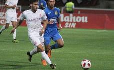 La Cultural supera al Fuenlabrada en los penaltis en un partido con épica y poco fútbol