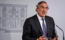 Los «globos sonda» del Gobierno agravan aún más la incertidumbre, según la CEOE