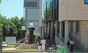 La Universidad de León convoca ayudas para alumnos con escasez de recursos y emergencia social