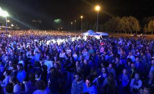 Miles de personas bailan a ritmo de Panorama antes de disfrutar con Efecto Mariposa