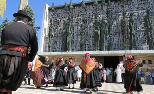 El Voto renueva su compromiso con la patrona de León