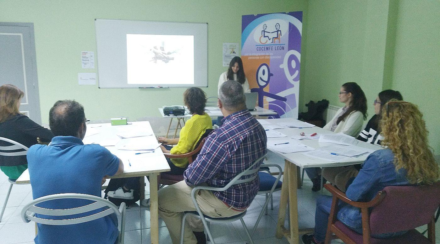 Cocemfe León inicia la II Acción Formativa en Asistencia Personal con el apoyo del Ayuntamiento