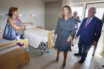 La consejera de Familia visita residencia de mayores 'Armunia' de León