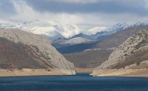 Los embalses de León dobla actualmente la cantidad de agua acumulada de media en la última década