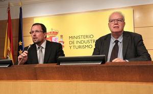 El Gobierno fuerza, sin consenso, un acuerdo de mínimos con Vestas para aliviar el 'daño laboral'