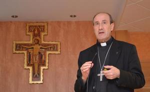 El Obispo auxiliar de Santiago pronuncia la ponencia de clausura de la XVII Semana de Pastoral
