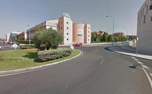 Herido un peatón tras ser arrollado por un turismo en la rotonda de la iglesia evangélica de Eras de Renueva