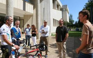 La Vuelta Ciclista por la Ciencia llega a León con un rotundo éxito de participación