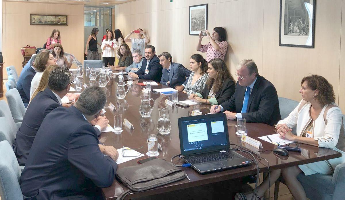 León se suma a la preparación de la Red de Destinos Turísticos Inteligentes