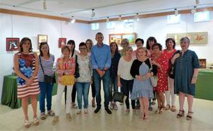 La Casa de la Cultura acoge la exposición de su taller de manualidades