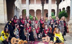 La tuna femenina de la ULE recibe el premio 'mejor solista' en Orihuela