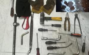 La Policía detiene al presunto autor de cinco robos en viviendas, cinco en garajes y otro más con violencia e intimidación