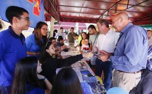 Casi una treintena de entidades y asociaciones de León difunden su labor en Expojoven 2018